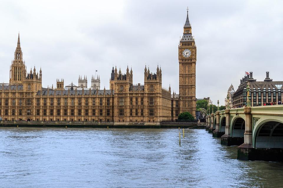 1465477409 london